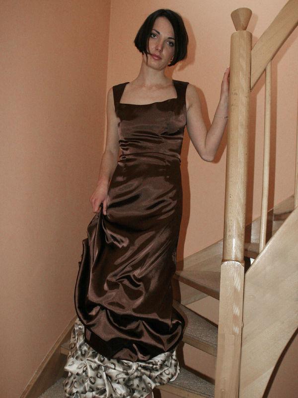 Beispiel: Abendmode, Foto: Cinderella.