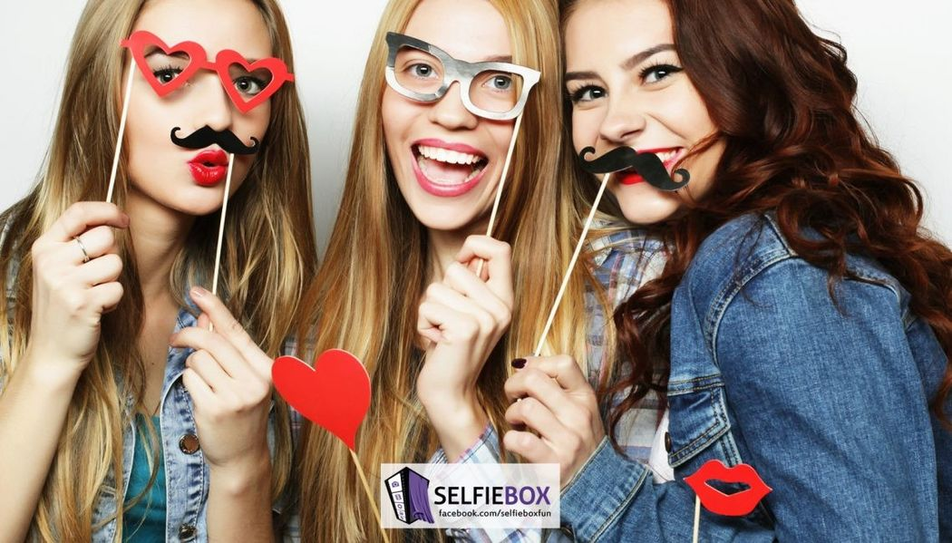 Selfiebox - Cabine de Fotos e Foto Entretenimento