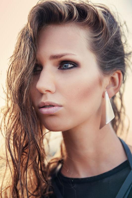 Nathalie make-up Artist & Stylist