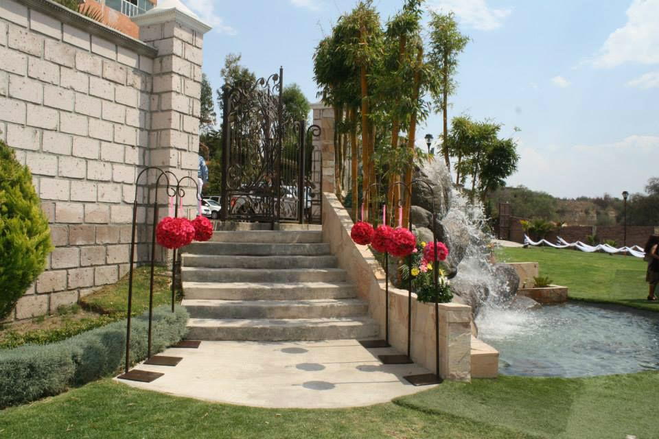 Jard n los arcos bodas - Arcos de jardin ...