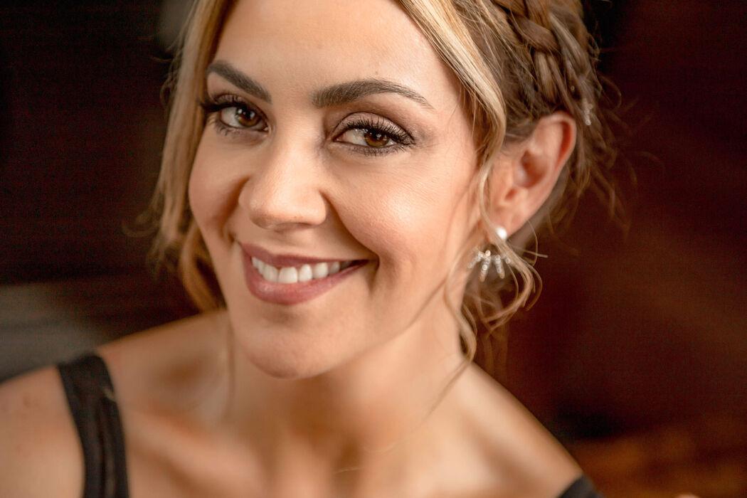 Laura Correa Makeup