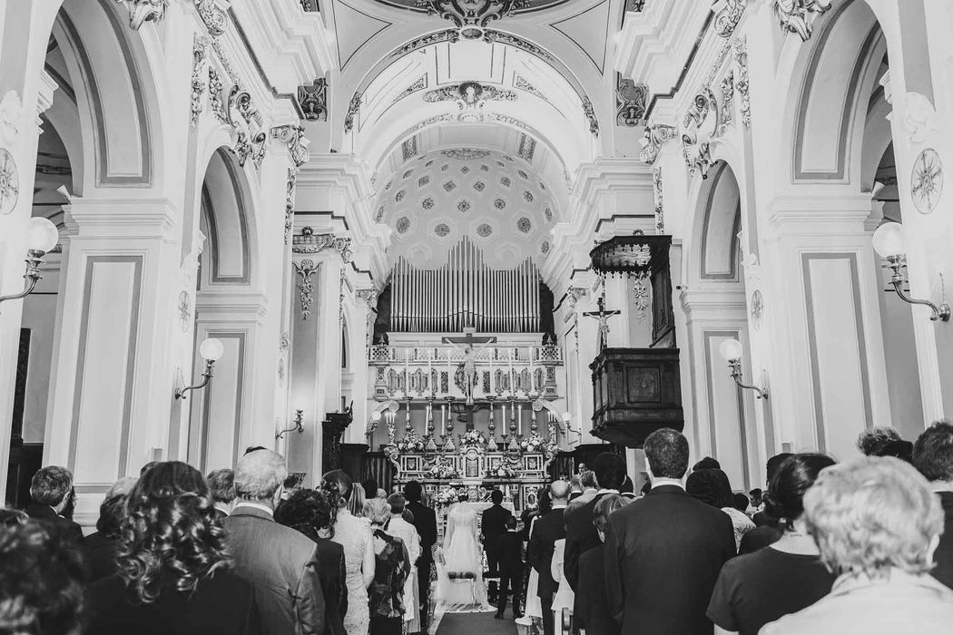 matrimonio basilicata wedding south italy angela.photo traditional italian wedding church chiesa tricarico