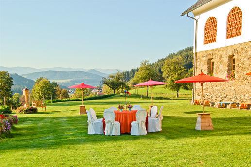 Feiern Sie Ihre Hochzeit in der Natur, Foto: Lilli's Feststadl.