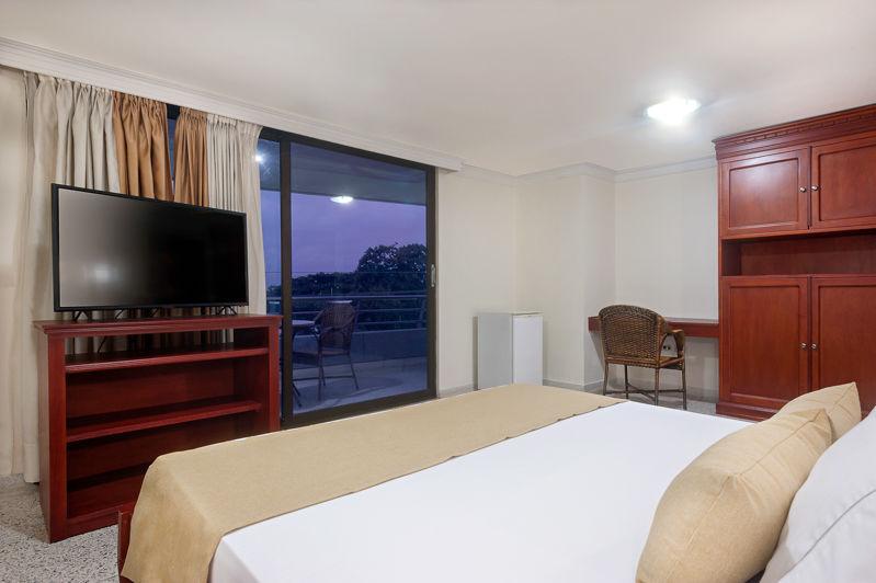 Hotel MS Alto Prado
