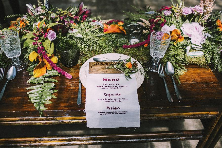 Mesa boda en invernadero