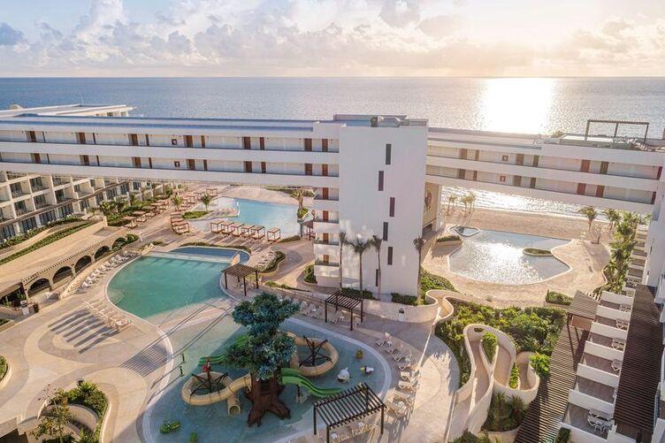 Sensira Resorts and SPA Riviera Maya