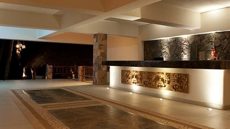Akan Resort