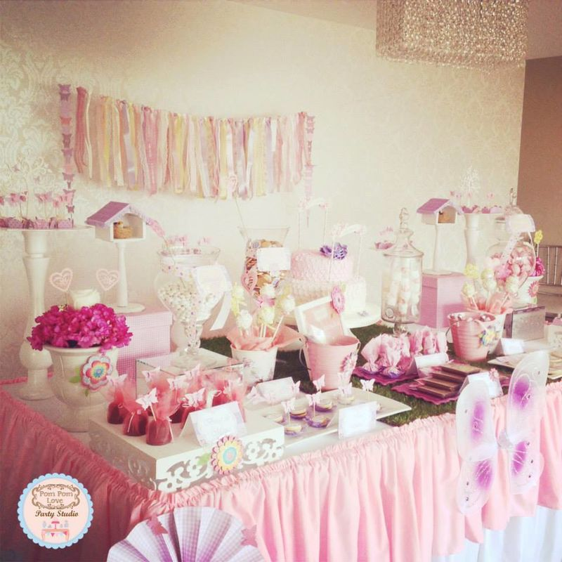 Pom Pom Love Party Studio
