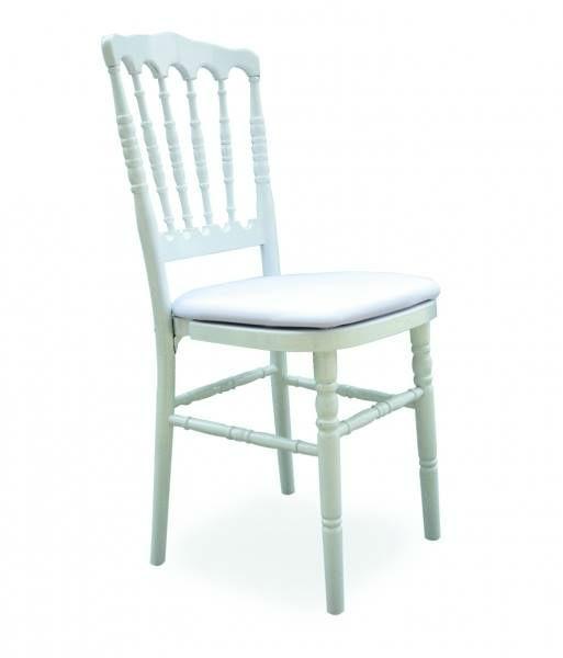 Clockevents loue les chaises Napoléons III. N'hésitez pas à bloquer vos dates !