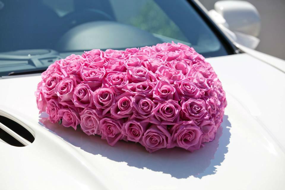 Beispiel: Florale Gestaltung Ihrer Hochzeitsfeier, Foto: Luuniq.