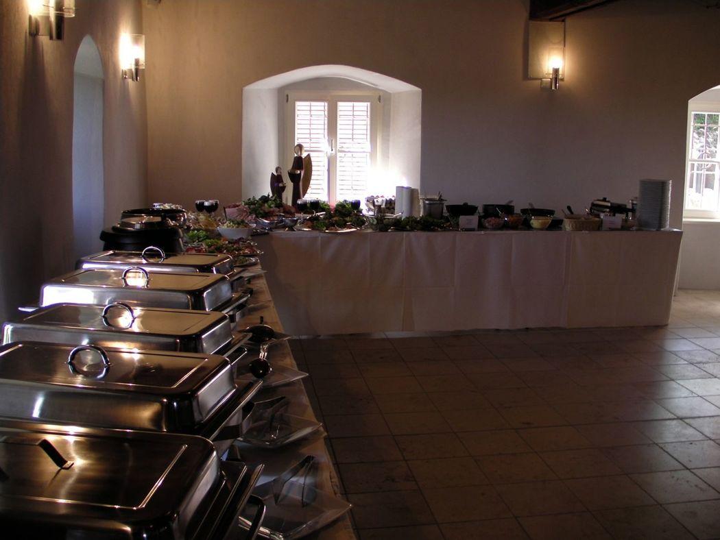 Beispiel: Buffet, Foto: Restaurant Touché - Burg Hartenstein.