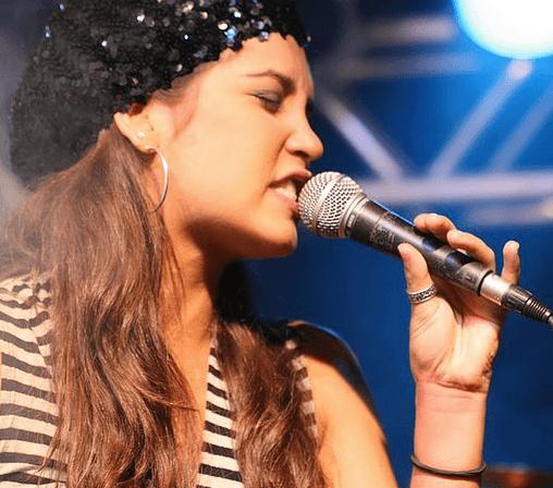 Lara Carrijo