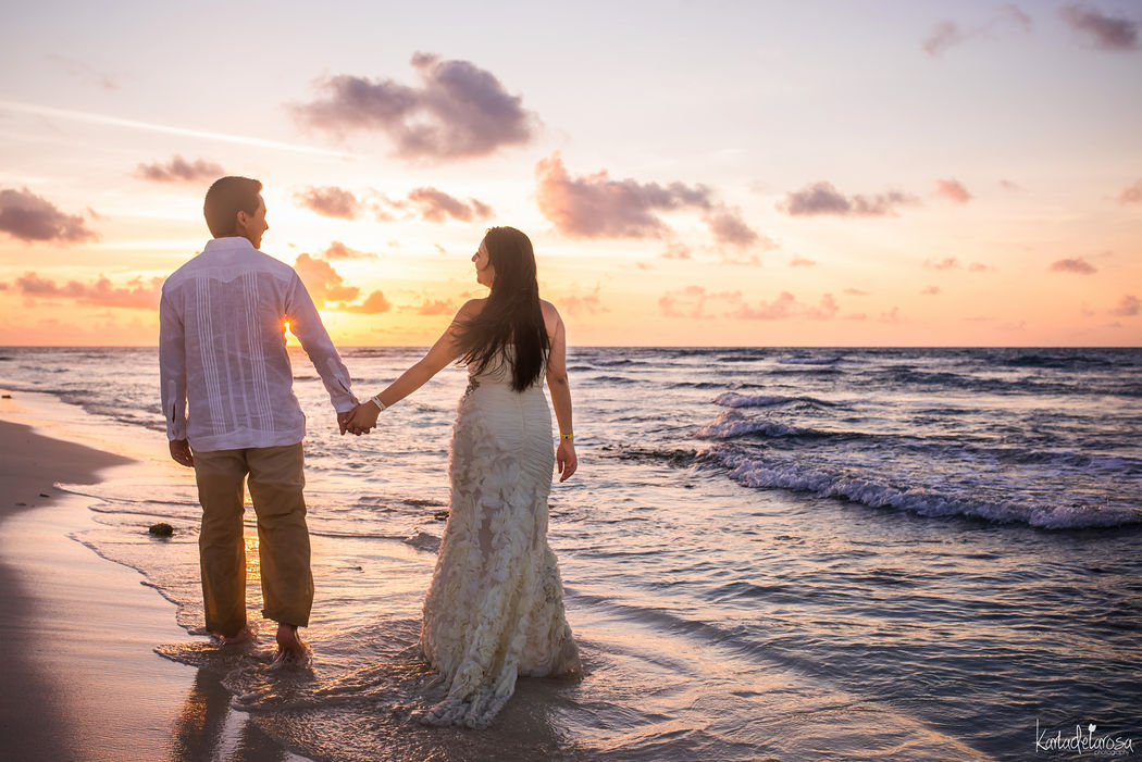 Sunrise Trash the dress Riviera Maya