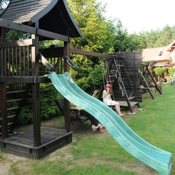 Żabi Dwór: plac zabaw dla najmłodszych