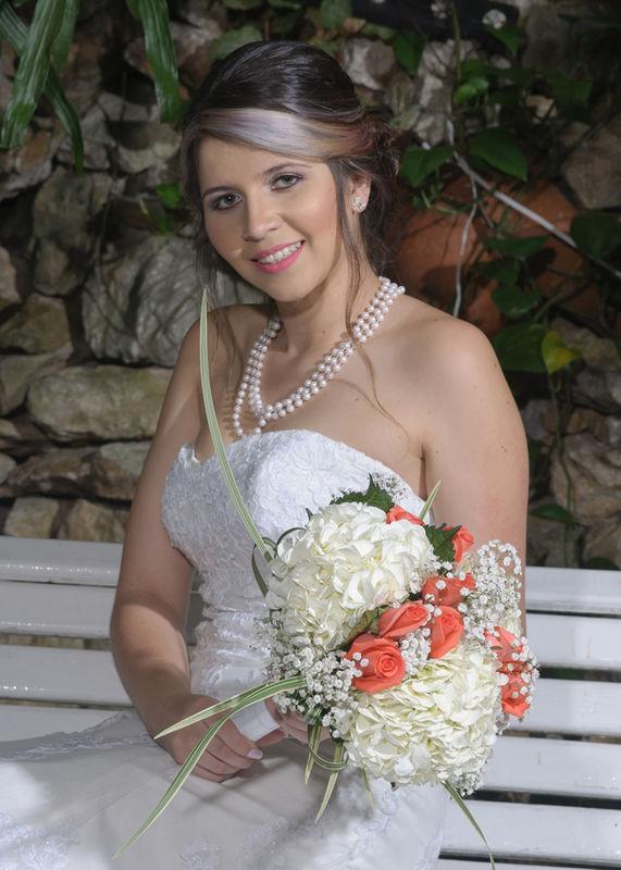 Floristería Hojas Blancas