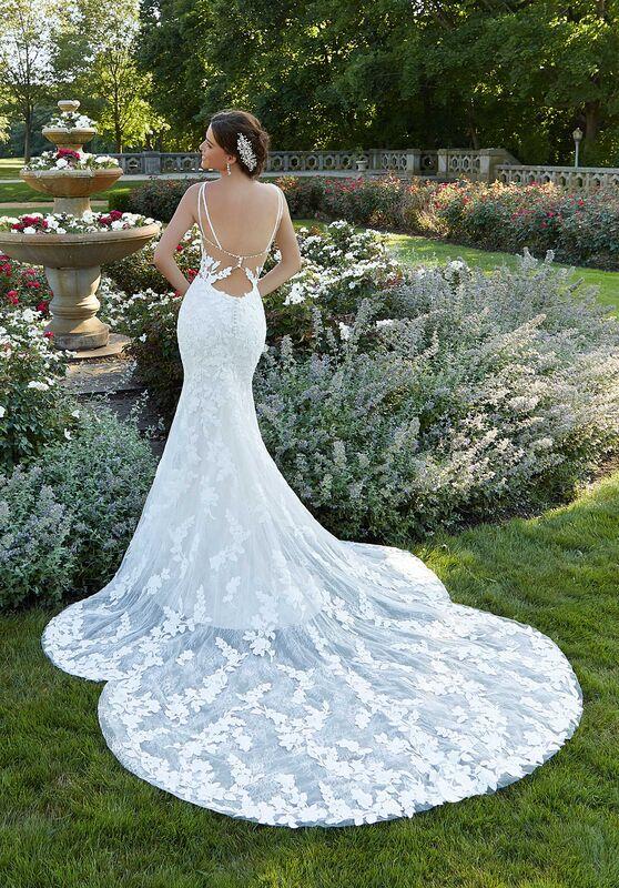 Moreen Bridal