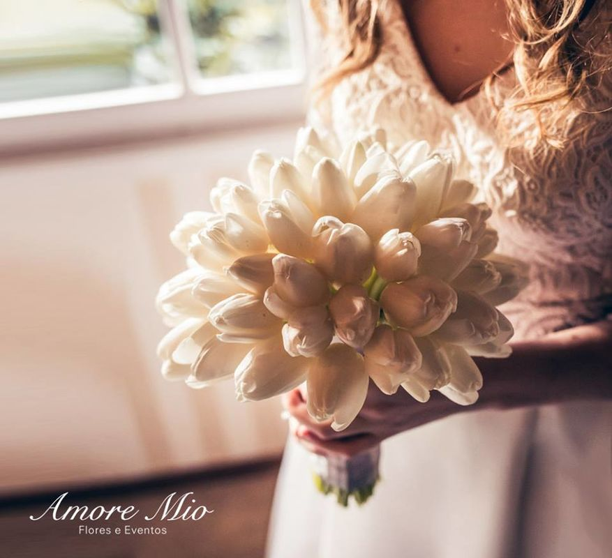 Amore Mio Flores