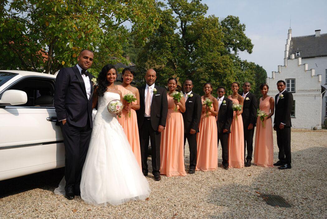 Dit was een amerikaanse bruiloft. er waren dus veel bruidsmeisjes -en jongens.