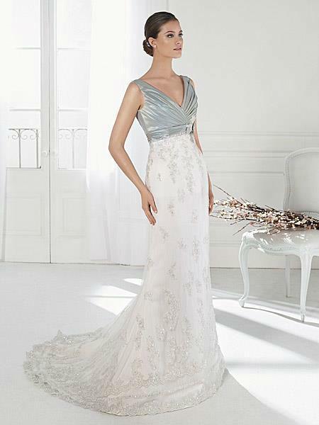 Beispiel: Mehrfarbige Brautkleider, Foto: Liluca.