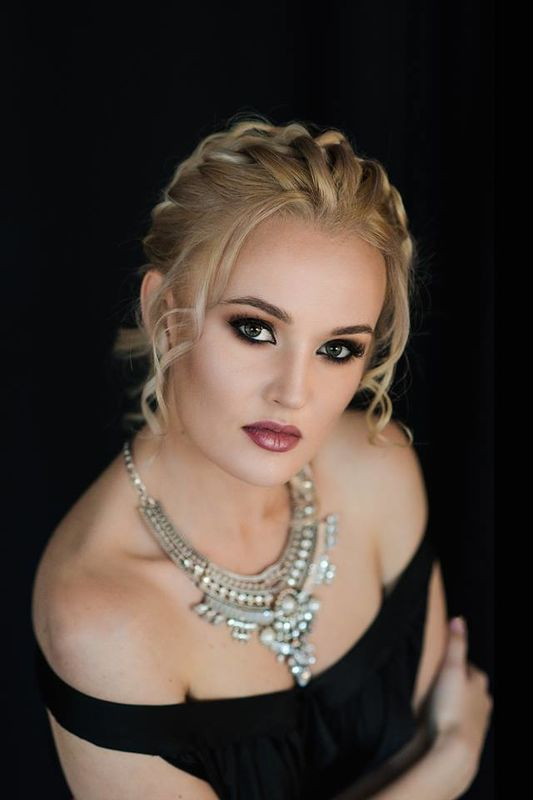 Agata Korneluk - Wizażystka/Kosmetolog