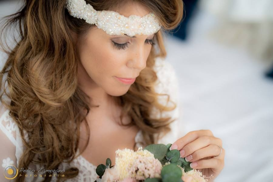 Maquillaje y Peluquería Elena Higuera