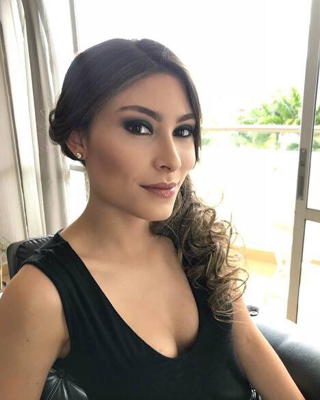 JULIANA LONDOÑO MakeUp Artist