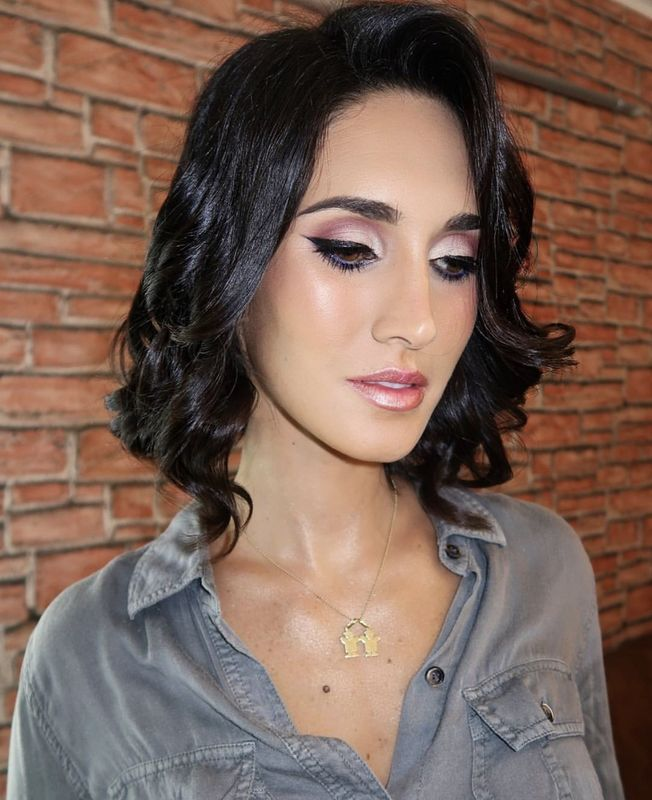 Claudia Cornejo Makeup Studio