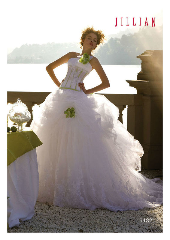Jillian Sposa e Cerimonia