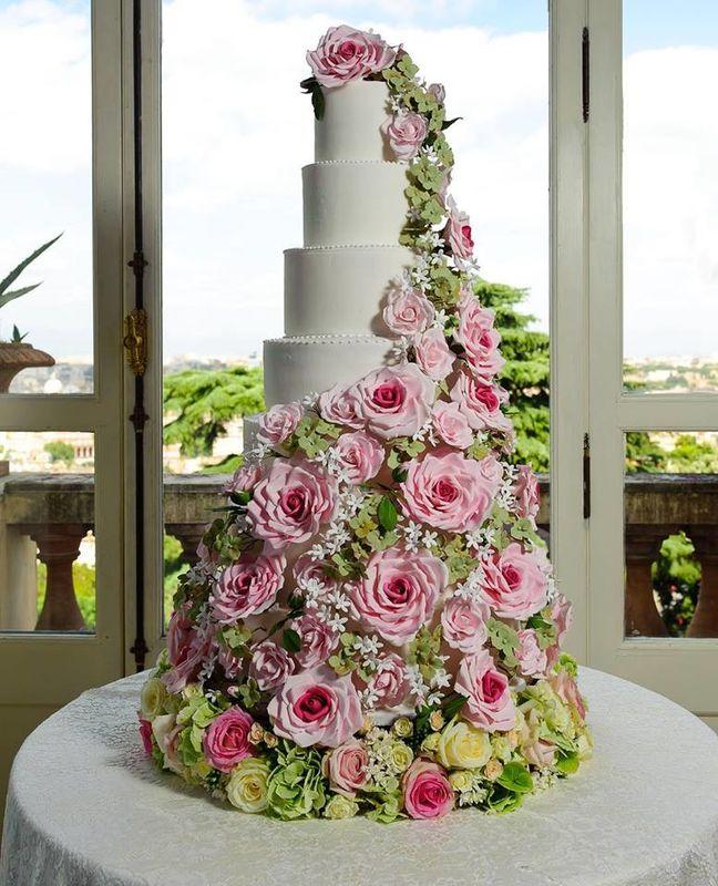 Rosaria Garzone Cakes