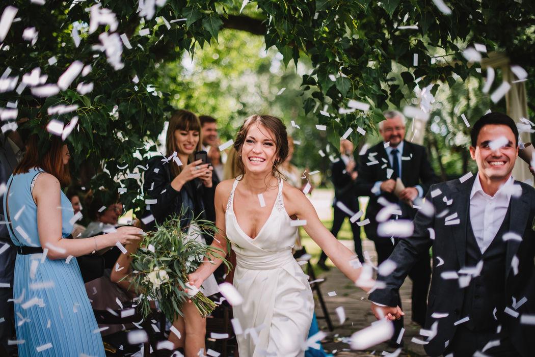 Two People Wedding Agency