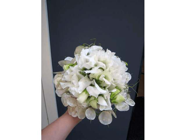 Beispiel: Brautstrauß, Foto: Blumenhandwerk Alexander Muhr.
