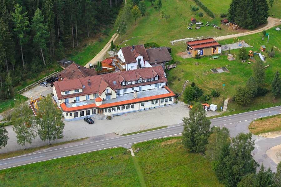 Beispiel:  Luftaufnahme, Foto: Landhotel Wental.