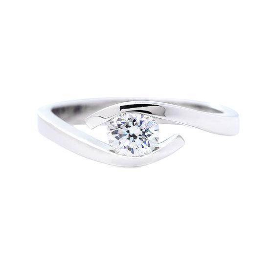 anillo solitario diamante