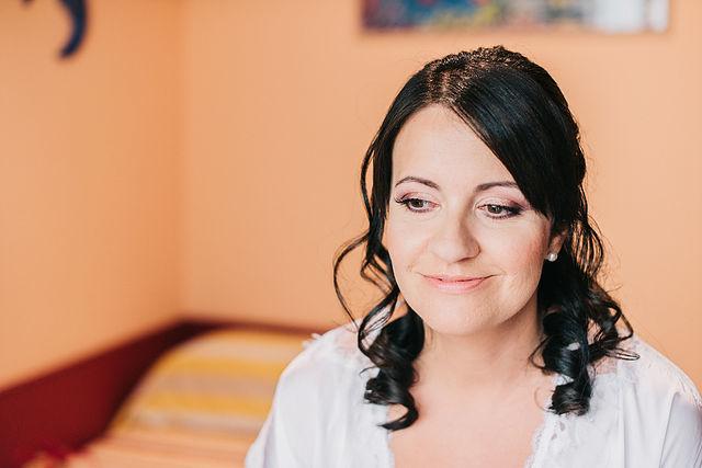 Lydia Arjona Make Up & Hair