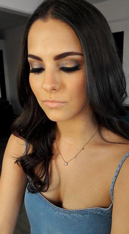 Mujer Bonita Make Up by Marlene Rguez