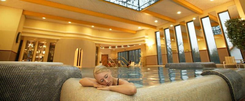 Beispiel: Wellness, Foto: Göbel's Schlosshotel.
