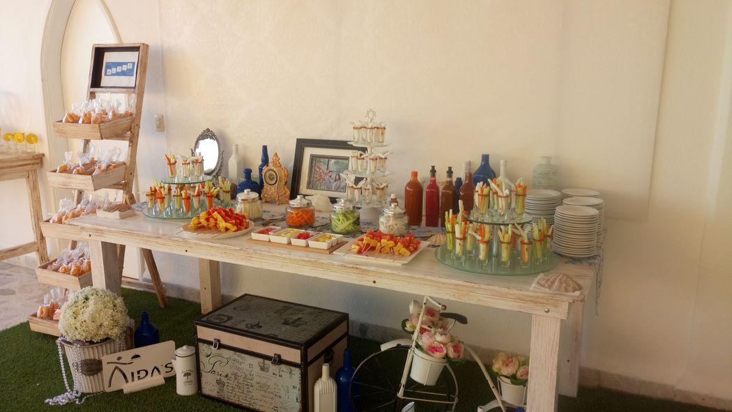Mesa de frutas y verduras de Bienvenida