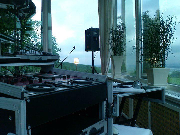 DJ Flatrate