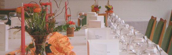 Beispiel: Tischdekoration, Foto: AKZENT Hotel Höhenblick.