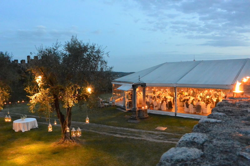 Venue by night - La petite Coco