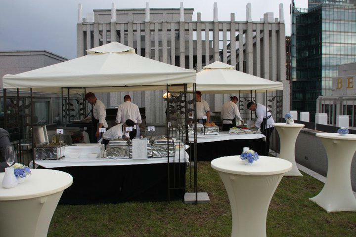Beispiel: Von Stehempfang bis Gänge-Menü, Foto: Floris Catering.