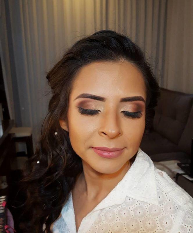 Fabiana Mendes Makeup