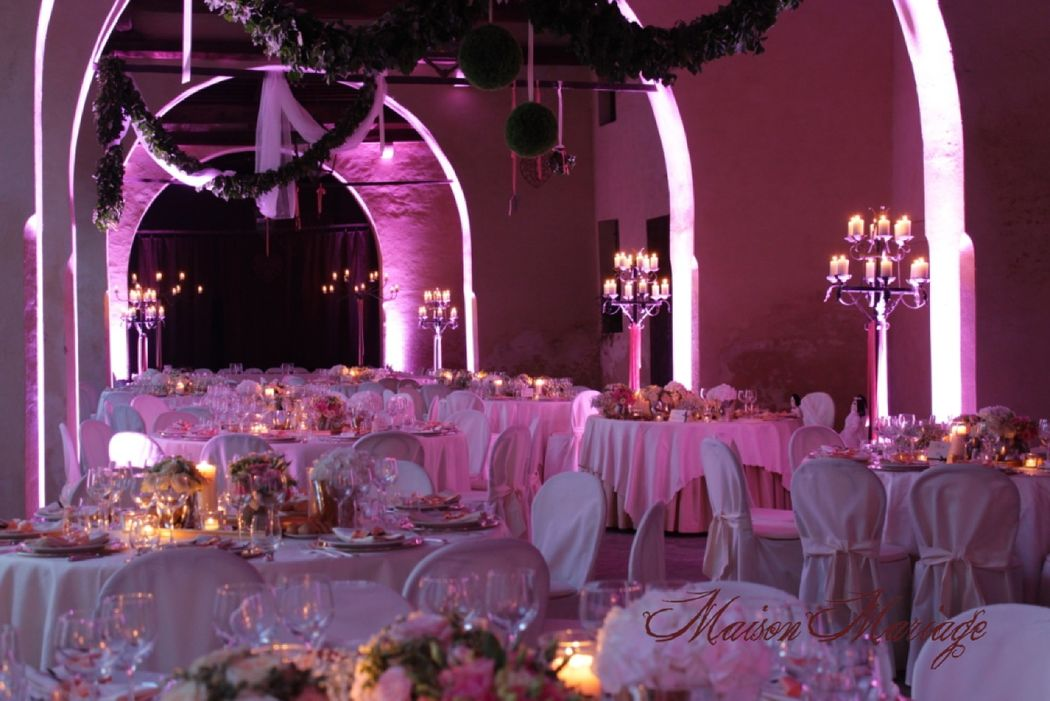 Maison Mariage Party & Wedding Planner: scenografia luminosa