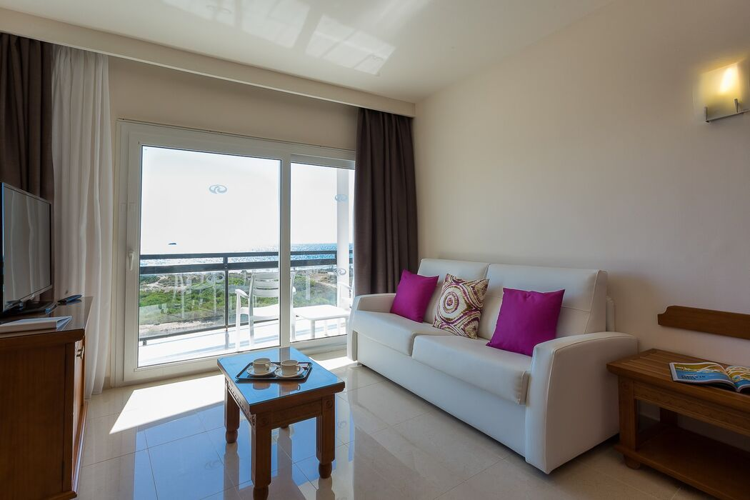 Grand Palladium Palace Ibiza Resort & Spa *****