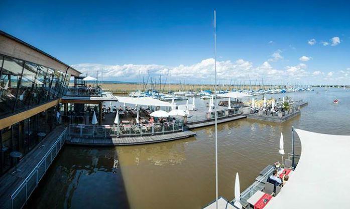 Beispiel: Blick auf den See, Foto: Seerestaurant Katamaran.