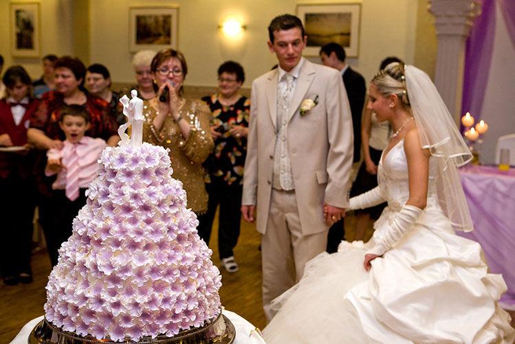 Hochzeitstorten als Kunstwerke Foto: Atelier der Torten Friedann
