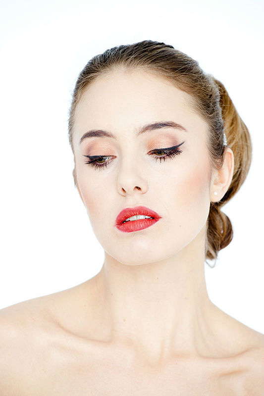 Beispiel: Make-up, Foto: FACE & BODY Day Spa.