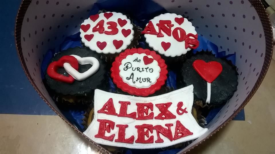 Mi Castillo Azul Cakes & Cupcakes
