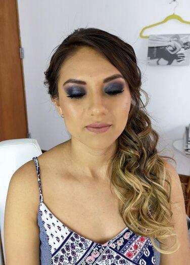 Anita Zapata MakeUp Studio