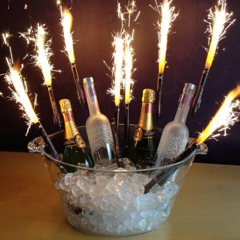 Beispiel: Tortenfontänen und Eissterne, Foto: Rothdach Feuerwerk.